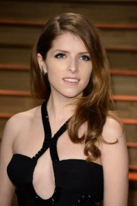 Anna-Kendrick-Vanity-Fair-Party